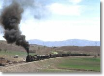 13770_nohab_2-8-0_near_elazig_12_april_75.jpg